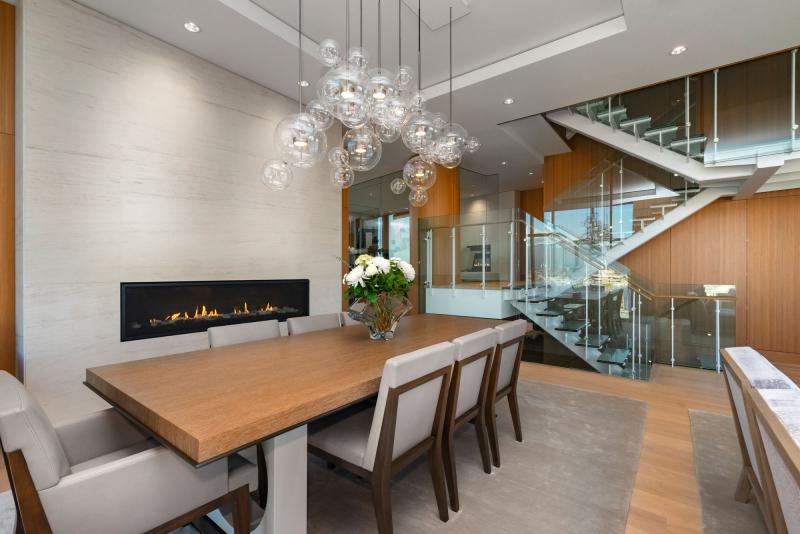 Telus-Garden-penthouse-dining