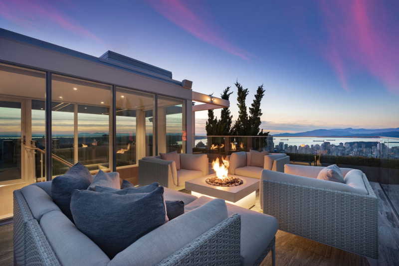 Telus-Garden-penthouse-english-bay