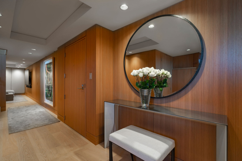 Telus-Garden-penthouse-entry