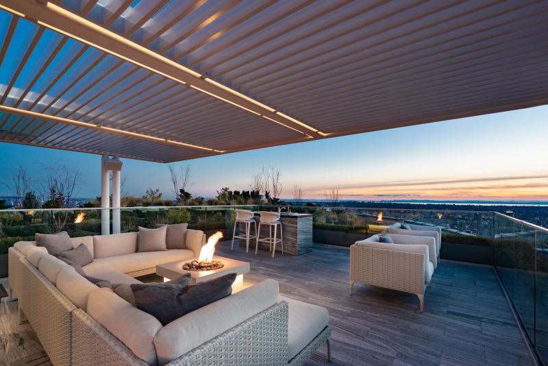 Telus-Garden-penthouse-rooftop