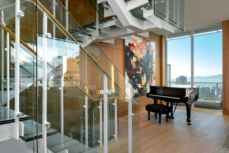 Telus-Garden-penthouse-stairs