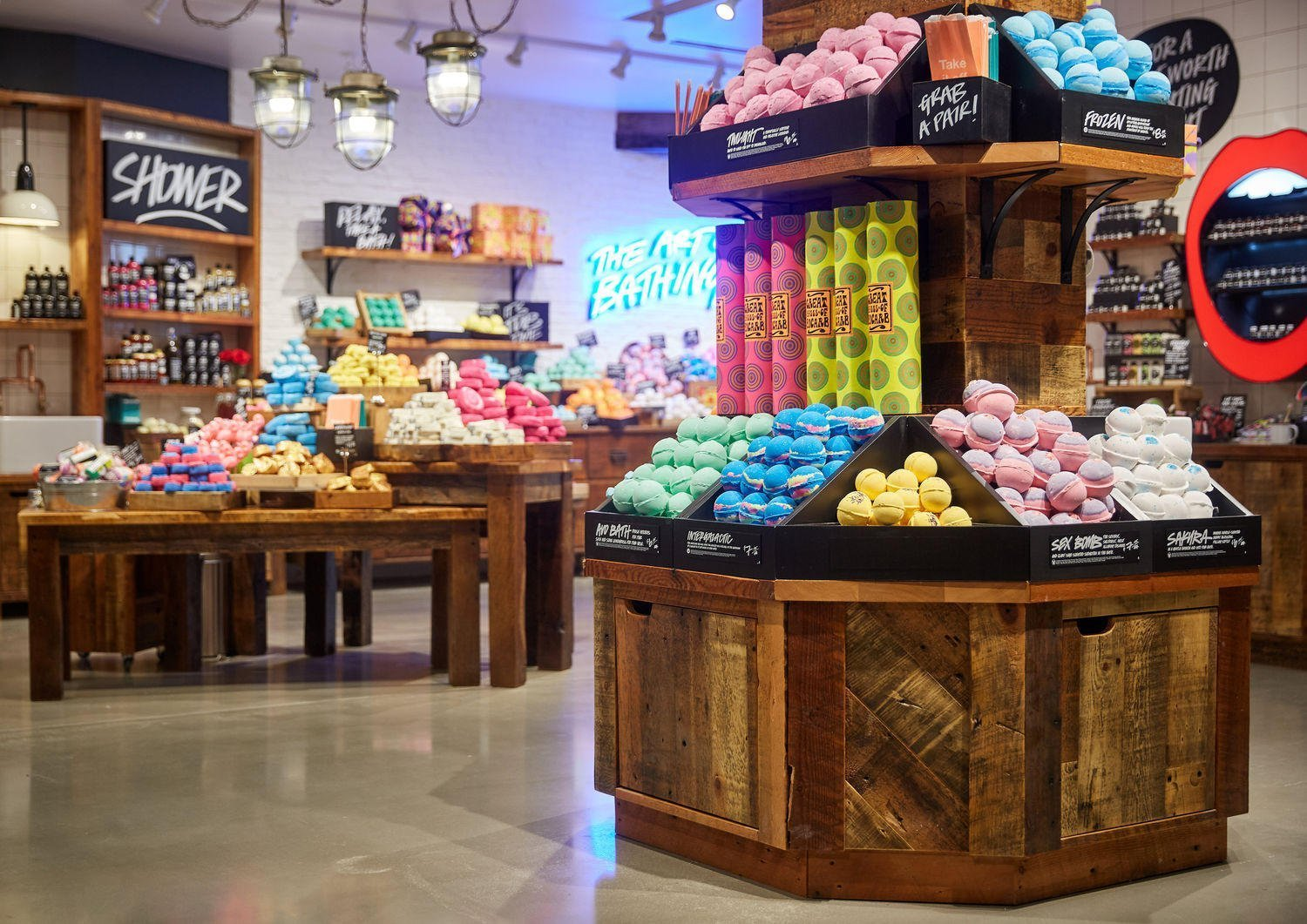 lush cosmetics prepares to reopen expanded robson street