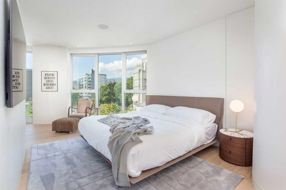 1245 Harwood Vancouver bedroom