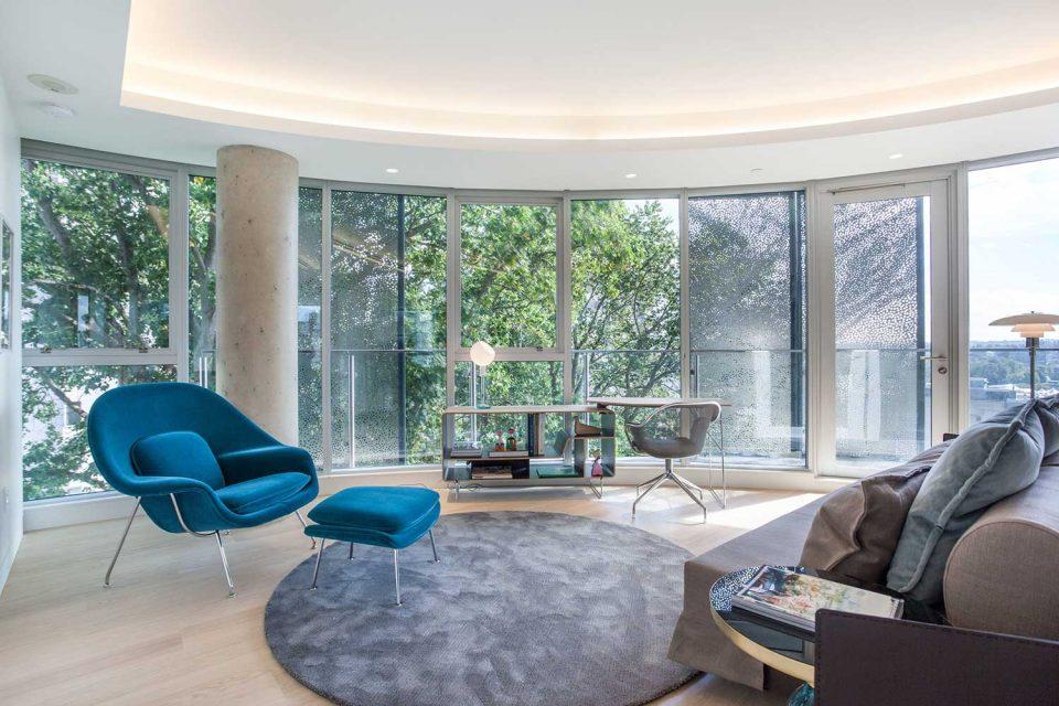 1245 Harwood Vancouver living room