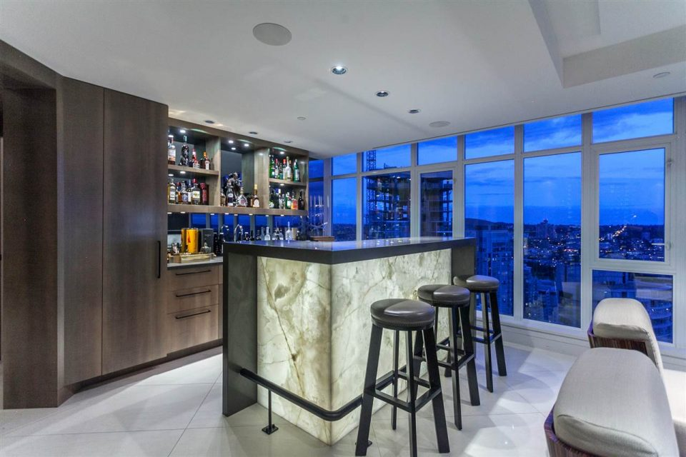 1372 Seymour Penthouse home bar