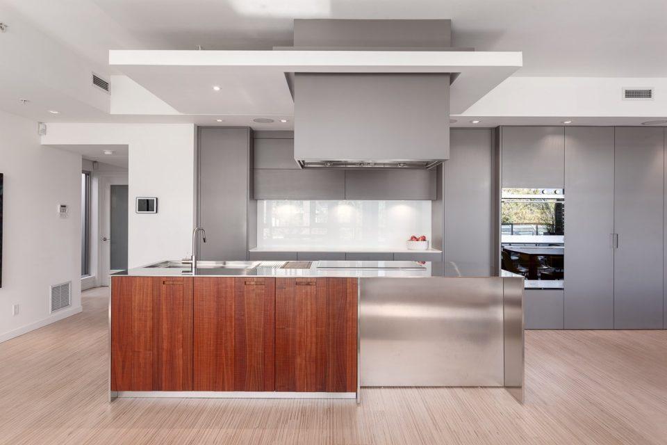 701-36 Water Street Terminus kitchen