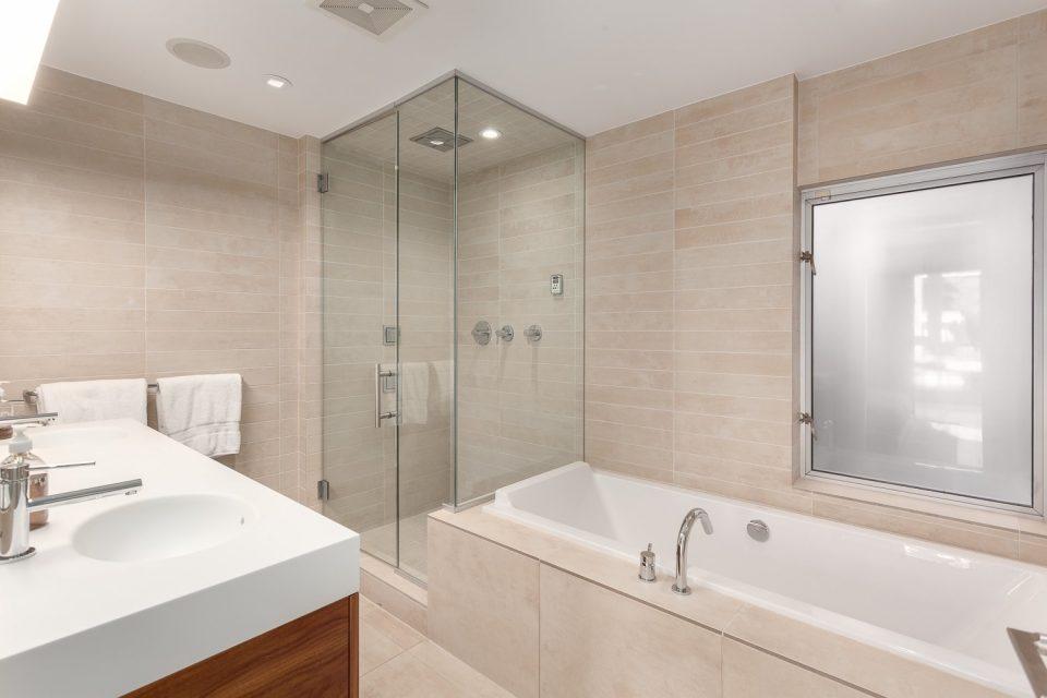 701-36 Water Street Terminus bathroom