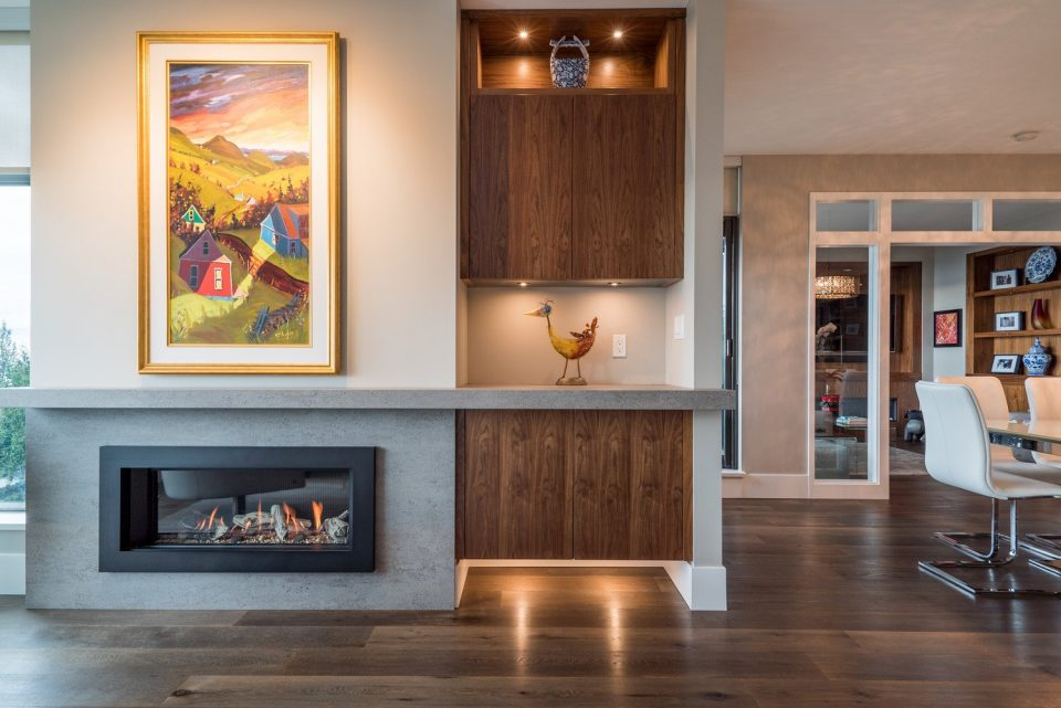 503 3315 CYPRESS PLACE West Vancouver fireplace
