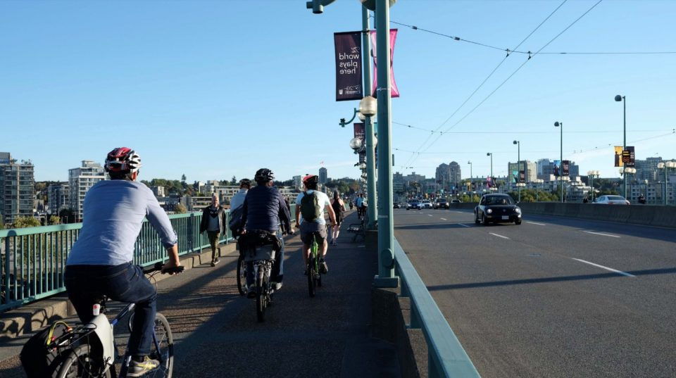 New southbound bike lane planned for Cambie Street Bridge