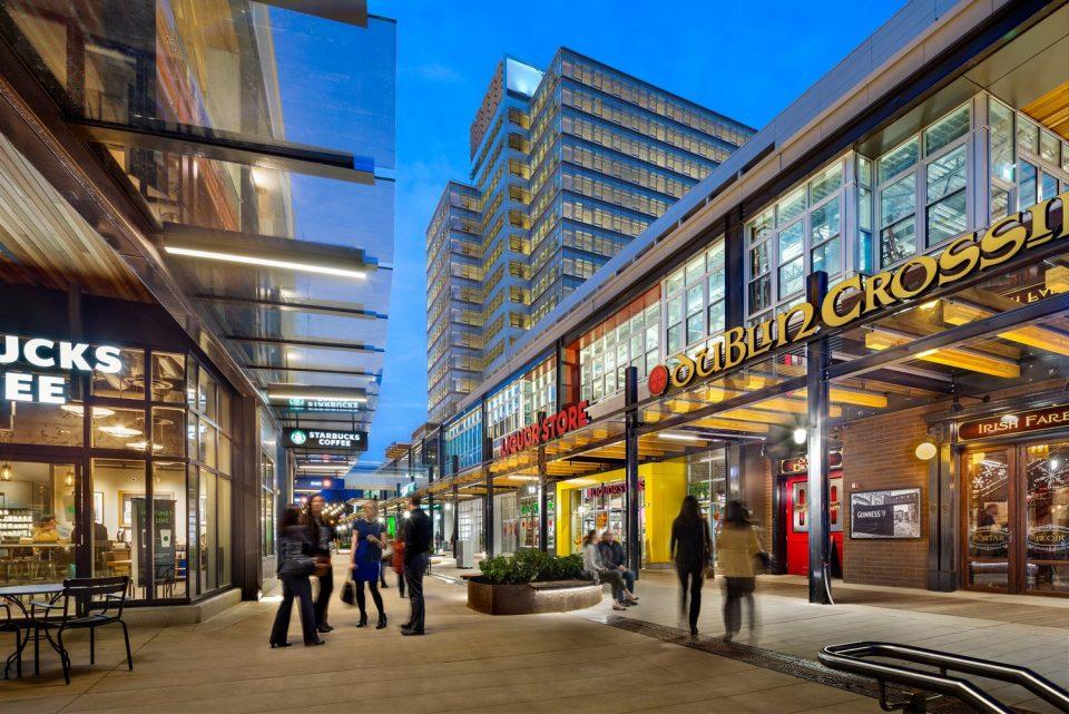 Marine Gateway retail