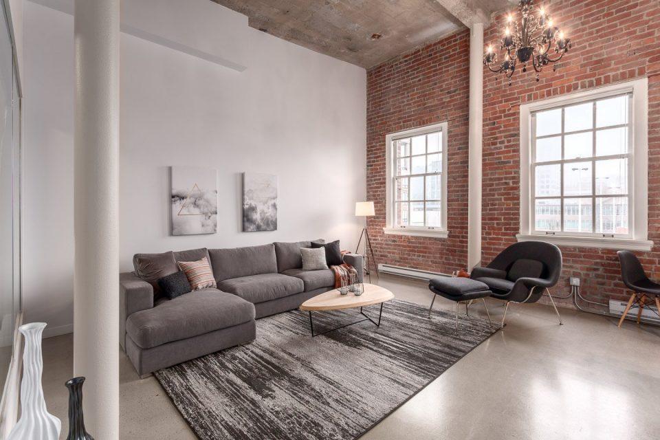 504-546 Beatty Street Vancouver loft living area