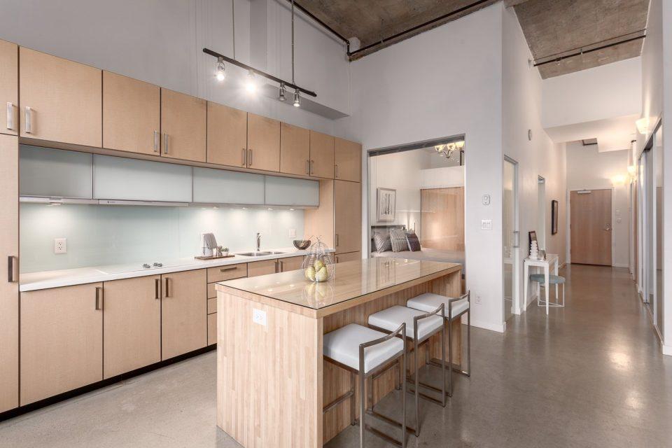 504-546 Beatty Street Vancouver loft kitchen