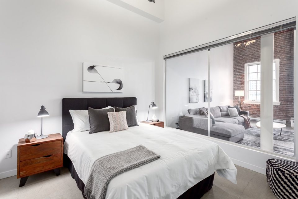 504-546 Beatty Street Vancouver loft bedroom