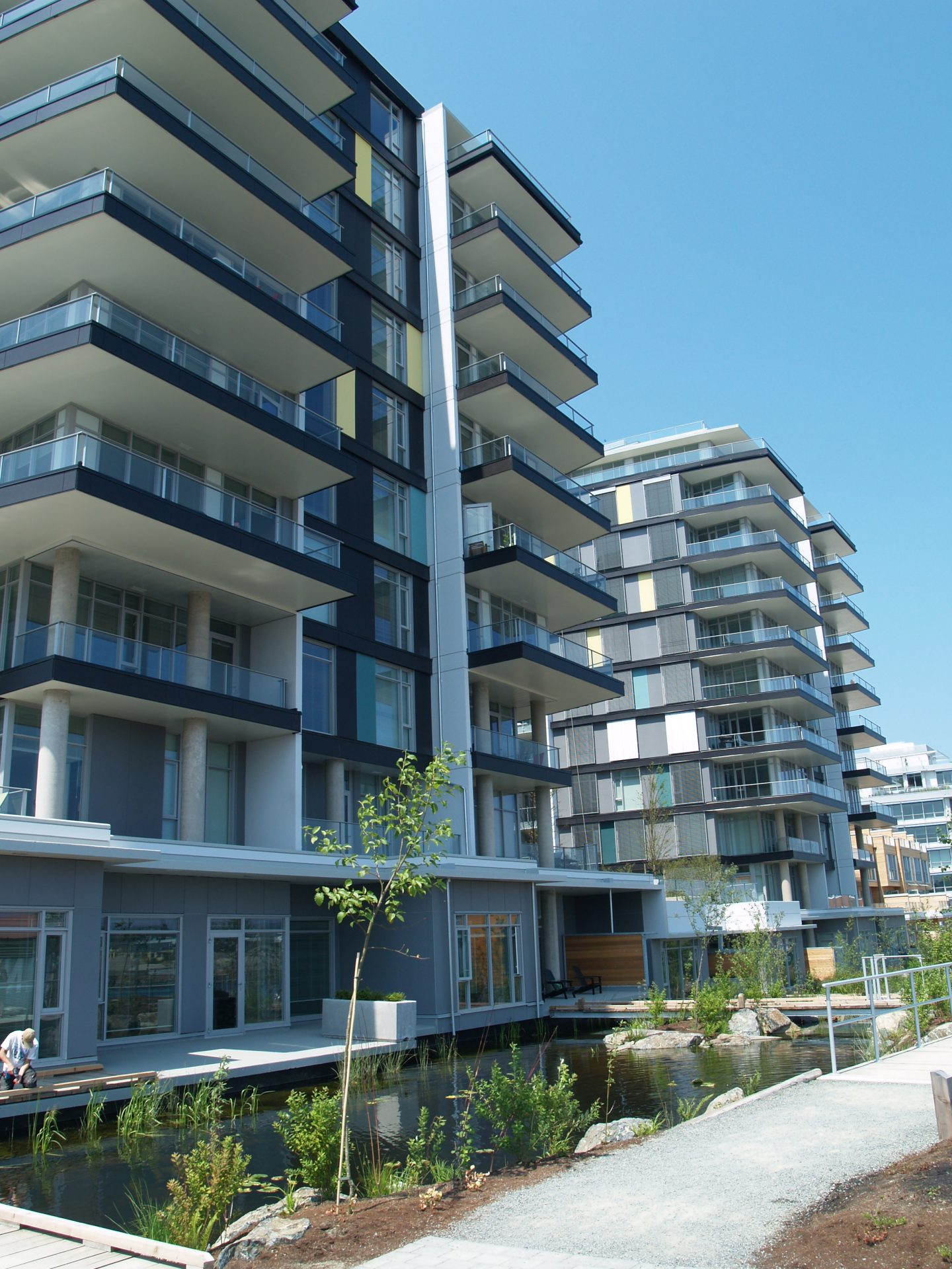 Victoria's Dockside Green first in Canada to achieve LEEDv4 ND platinum certification