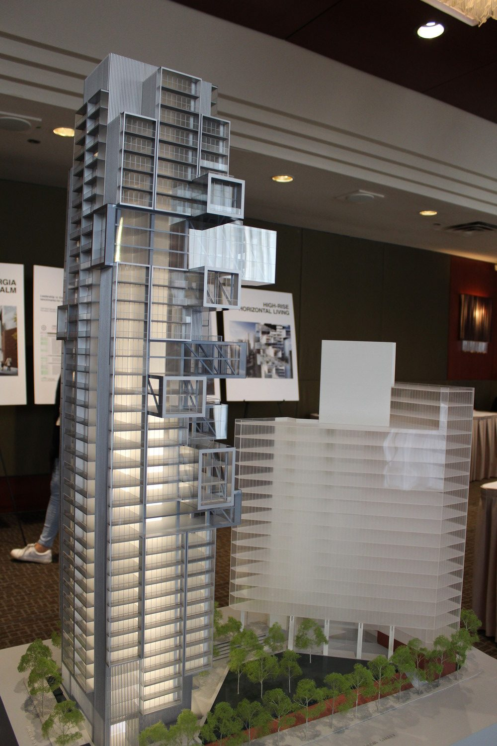 "Spectacular ""jenga"" tower Fifteen Fifteen by Büro Ole Scheeren coming to 1515 Alberni"