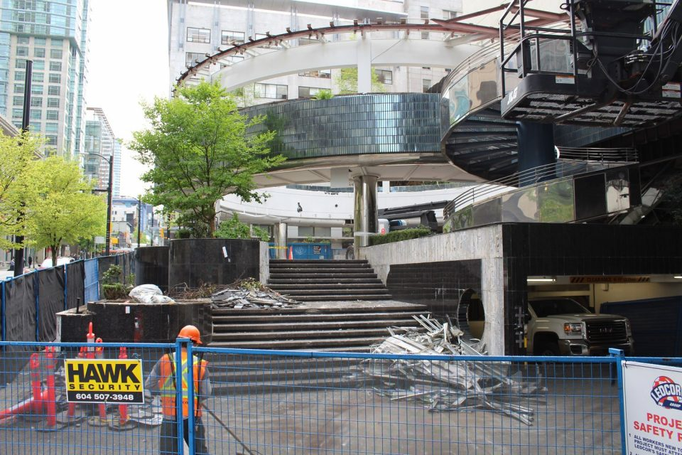 601 West Hastings office tower demolition