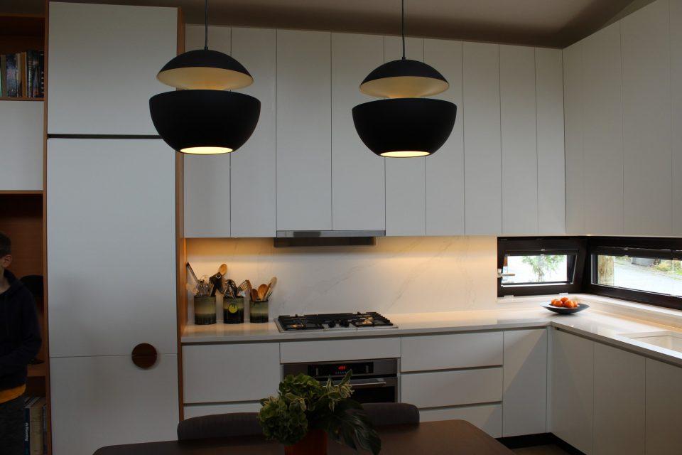E 18th Ave kitchen