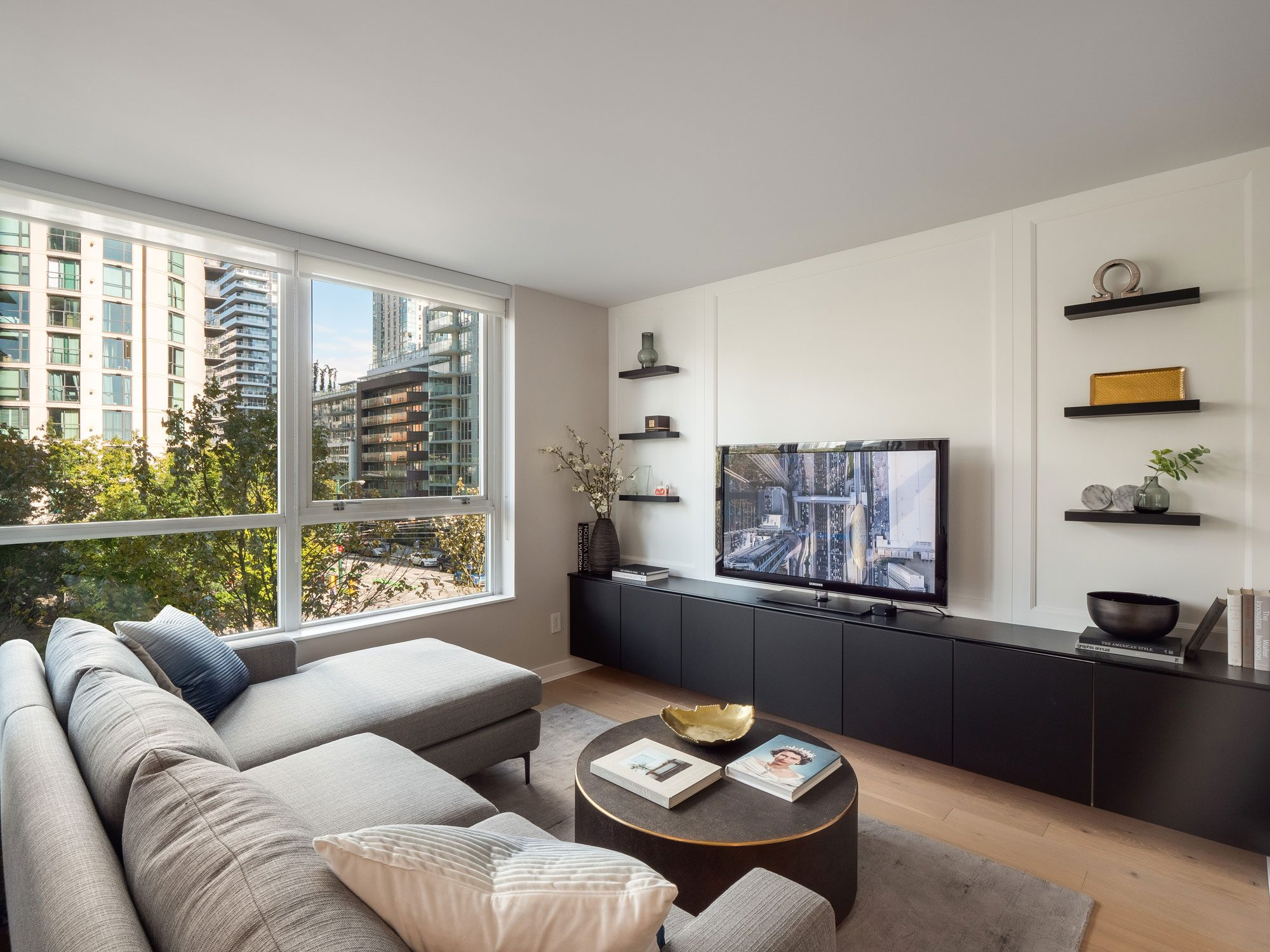 Designer home in Yaletown for sale next to George Wainborn Park