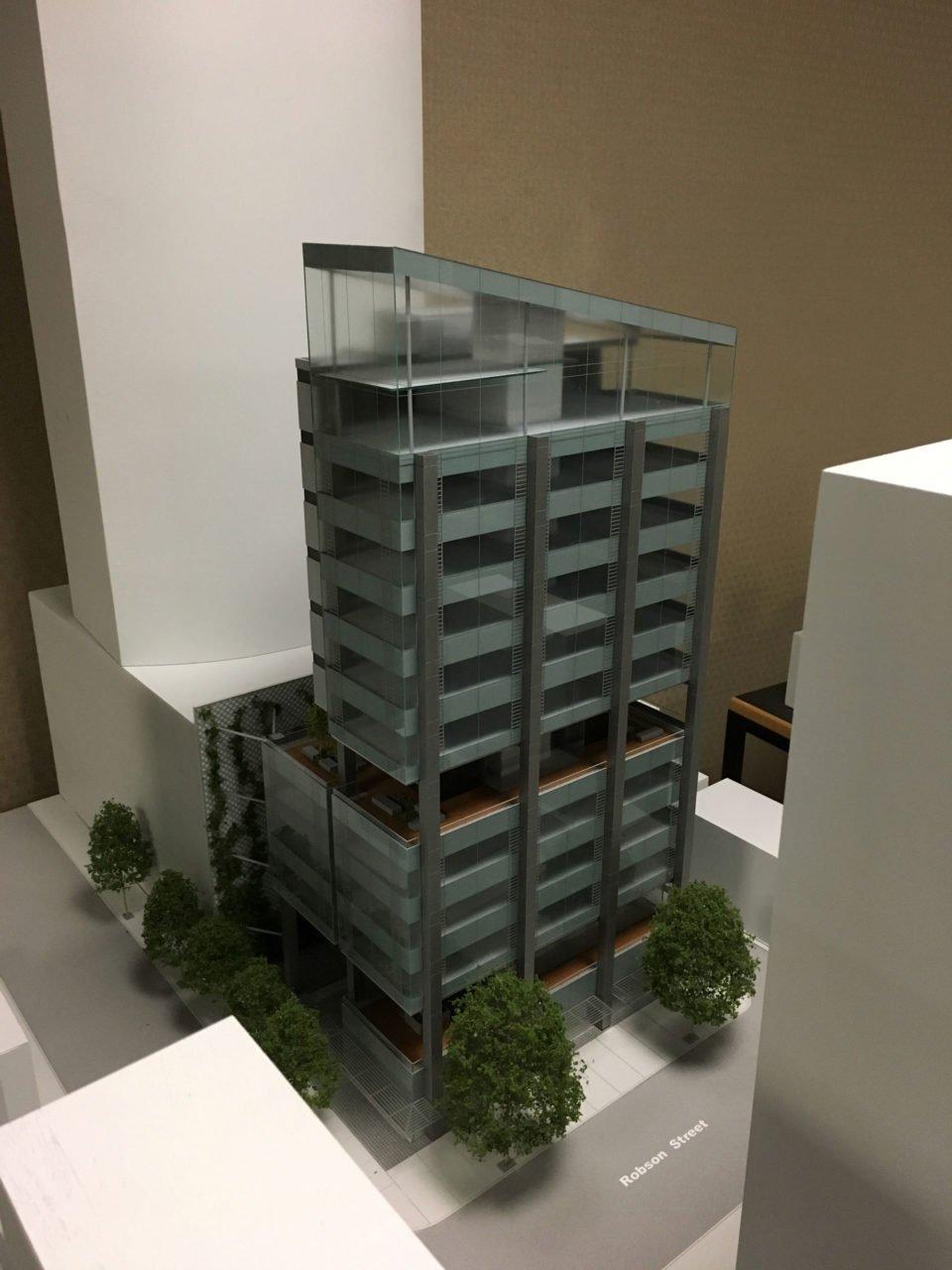 Model 600 Robson Street