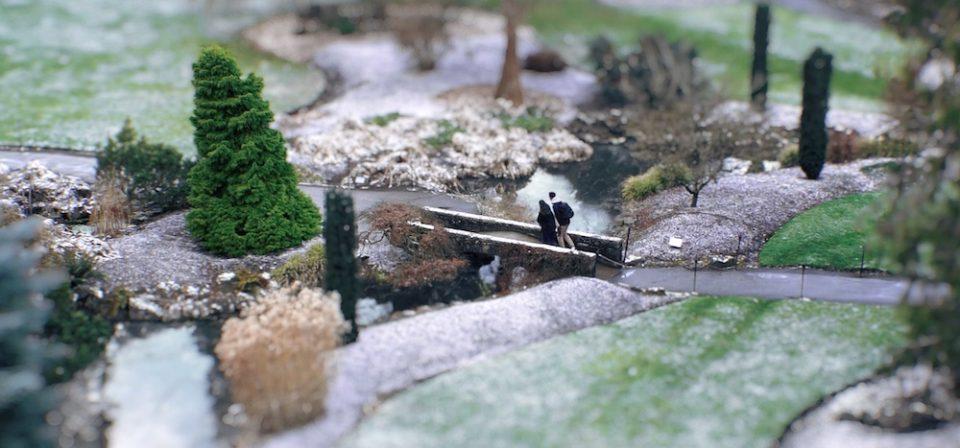 Screenshot of a 'miniature' Queen Elizabeth Park