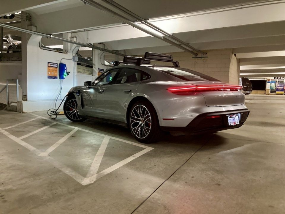 How to successfully deploy EV charging in real estate developments