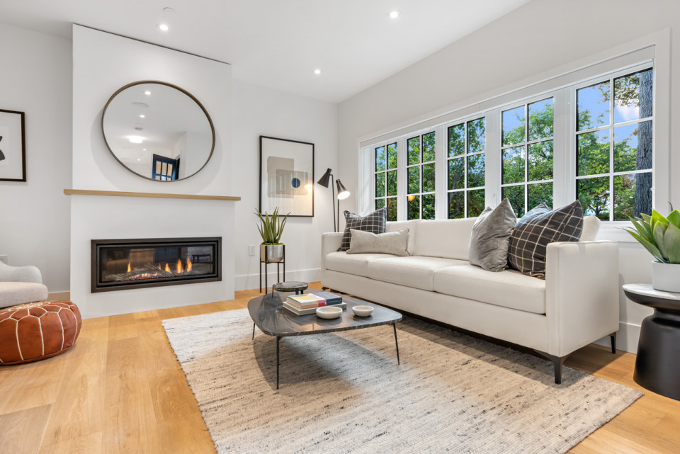 Welwyn Cottage - Living area