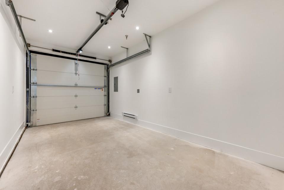 Welwyn Cottage infill garage